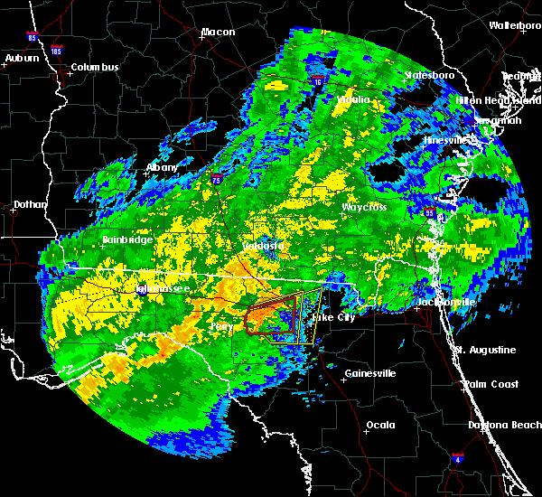 Radar Image for Severe Thunderstorms near Live Oak, FL at 4/2/2016 4:02 AM EDT