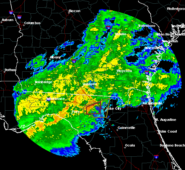 Radar Image for Severe Thunderstorms near Live Oak, FL at 4/2/2016 4:05 AM EDT