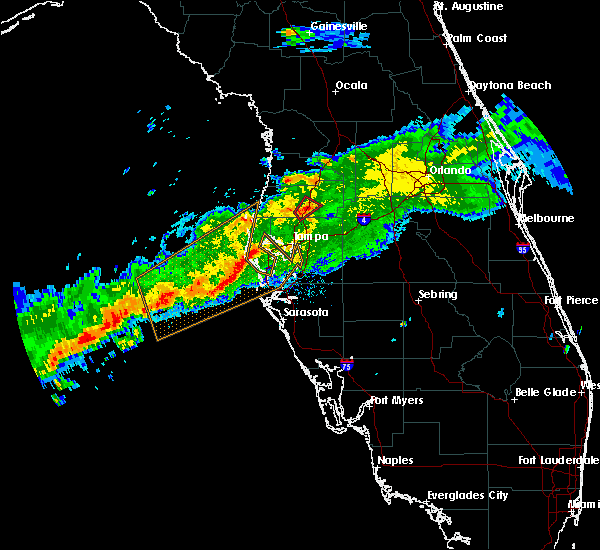 Radar Image for Severe Thunderstorms near Tampa, FL at 4/2/2016 12:01 PM EDT