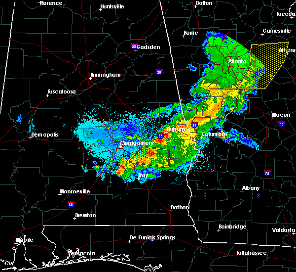 Radar Image for Severe Thunderstorms near Auburn, AL at 4/6/2016 11:37 PM CDT