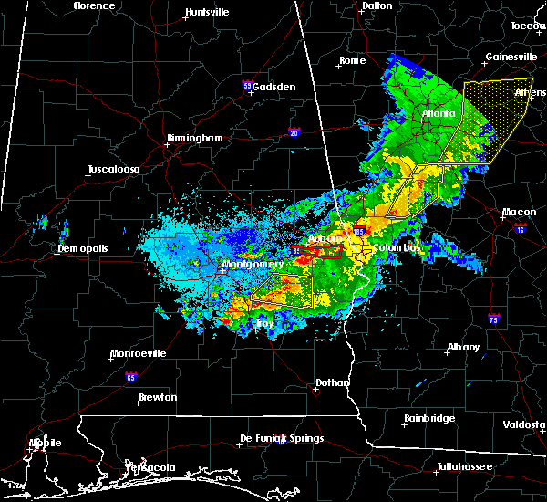 Radar Image for Severe Thunderstorms near Auburn, AL at 4/6/2016 11:42 PM CDT