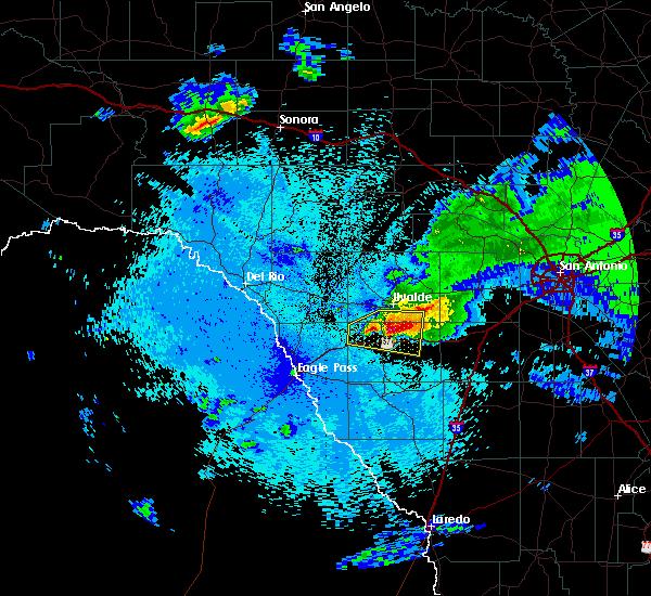 Radar Image for Severe Thunderstorms near Uvalde Estates, TX at 4/10/2016 10:13 PM CDT