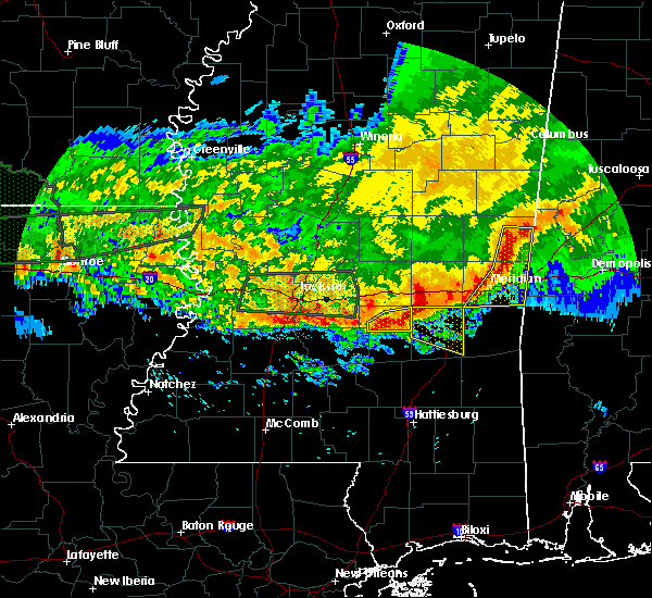 Radar Image for Severe Thunderstorms near Lauderdale, MS at 4/11/2016 6:32 PM CDT