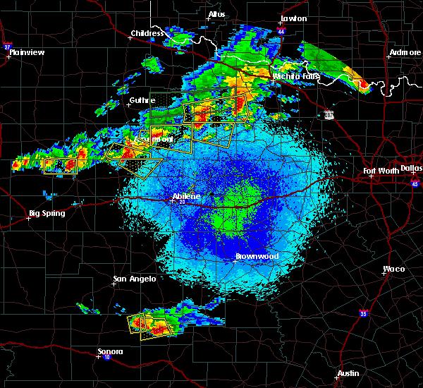 Radar Image for Severe Thunderstorms near Hamlin, TX at 4/19/2016 9:24 PM CDT
