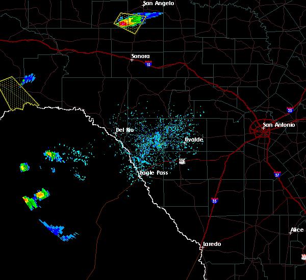 Radar Image for Severe Thunderstorms near Sanderson, TX at 4/20/2016 3:33 PM CDT