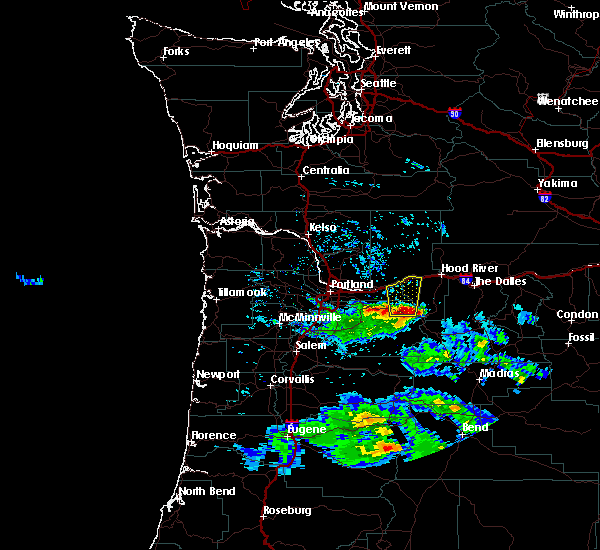 Radar Image for Severe Thunderstorms near Government Camp, OR at 4/20/2016 5:41 PM PDT