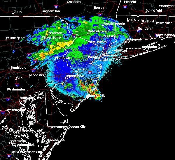 Radar Image for Severe Thunderstorms near Silver Ridge, NJ at 4/26/2016 1:52 AM EDT