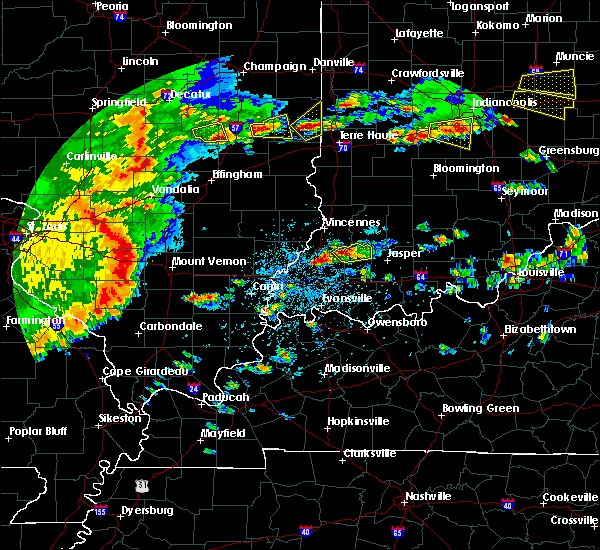 Radar Image for Severe Thunderstorms near Petersburg, IN at 4/26/2016 4:41 PM EDT