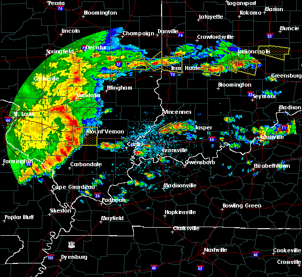 Radar Image for Severe Thunderstorms near Petersburg, IN at 4/26/2016 4:58 PM EDT
