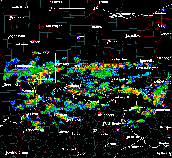 Radar Image for Severe Thunderstorms near Cincinnati, OH at 4/26/2016 6:04 PM EDT