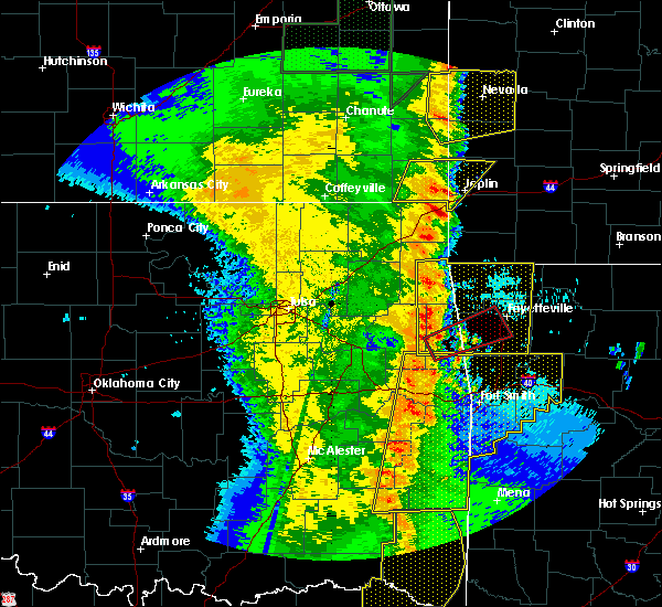 Radar Image for Severe Thunderstorms near Bernice, OK at 4/27/2016 12:21 AM CDT