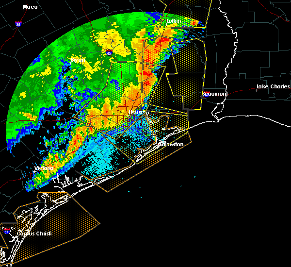 Radar Image for Severe Thunderstorms near Pasadena, TX at 4/27/2016 5:22 AM CDT
