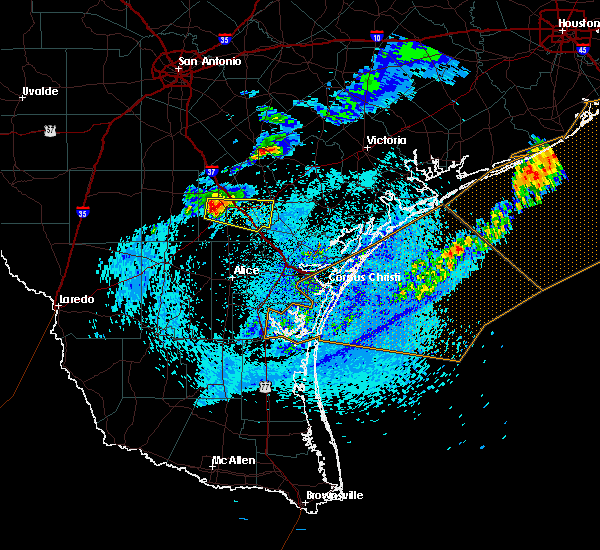 Radar Image for Severe Thunderstorms near Beeville, TX at 4/27/2016 7:21 AM CDT