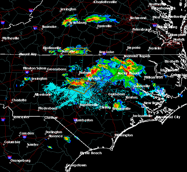 Radar Image for Severe Thunderstorms near South Boston, VA at 4/28/2016 8:04 PM EDT