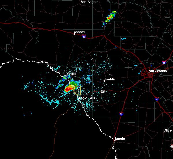Radar Image for Severe Thunderstorms near Radar Base, TX at 4/29/2016 3:51 PM CDT
