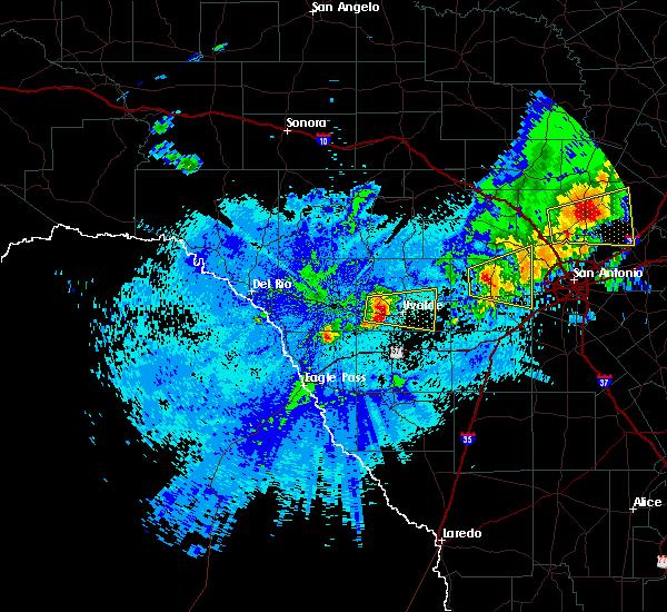 Radar Image for Severe Thunderstorms near Uvalde Estates, TX at 4/30/2016 3:30 AM CDT