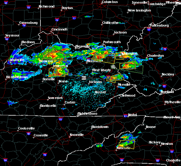 Radar Image for Severe Thunderstorms near Prestonsburg, KY at 5/1/2016 4:59 PM EDT