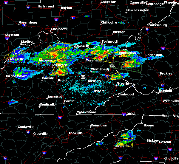 Radar Image for Severe Thunderstorms near Winchester, KY at 5/1/2016 5:06 PM EDT