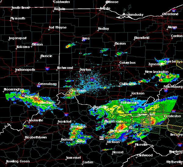 Radar Image for Severe Thunderstorms near Cincinnati, OH at 5/1/2016 6:45 PM EDT