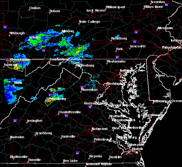 Radar Image for Severe Thunderstorms near Harrisonburg, VA at 5/1/2016 7:30 PM EDT