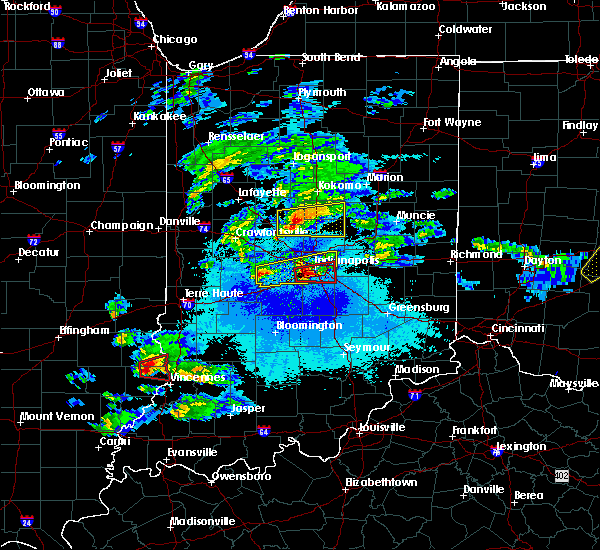Radar Image for Severe Thunderstorms near Indianapolis, IN at 5/1/2016 9:35 PM EDT