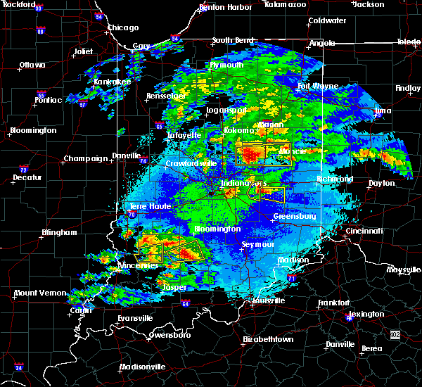 Radar Image for Severe Thunderstorms near Frankton, IN at 5/1/2016 10:20 PM EDT