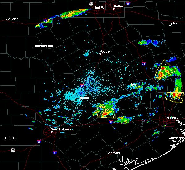 Radar Image for Severe Thunderstorms near Latexo, TX at 5/2/2016 3:24 AM CDT
