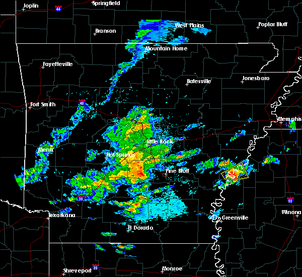 Radar Image for Severe Thunderstorms near Clarksdale, MS at 5/2/2016 4:38 AM CDT