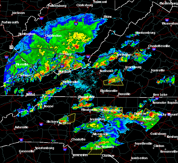 Radar Image for Severe Thunderstorms near Taylorsville, NC at 5/2/2016 5:17 PM EDT