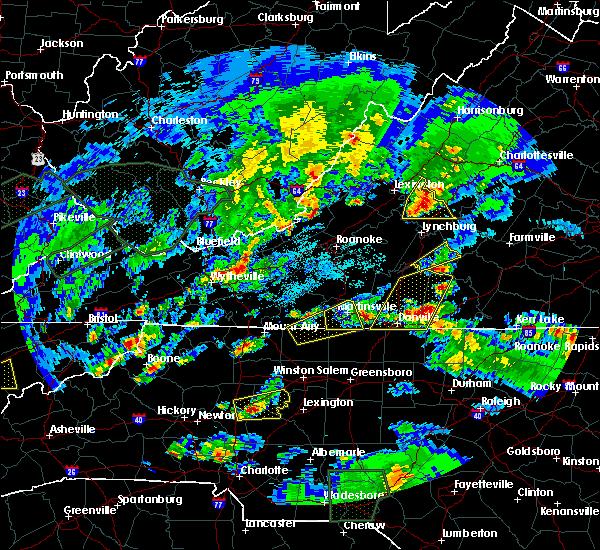 Radar Image for Severe Thunderstorms near Rustburg, VA at 5/2/2016 6:30 PM EDT