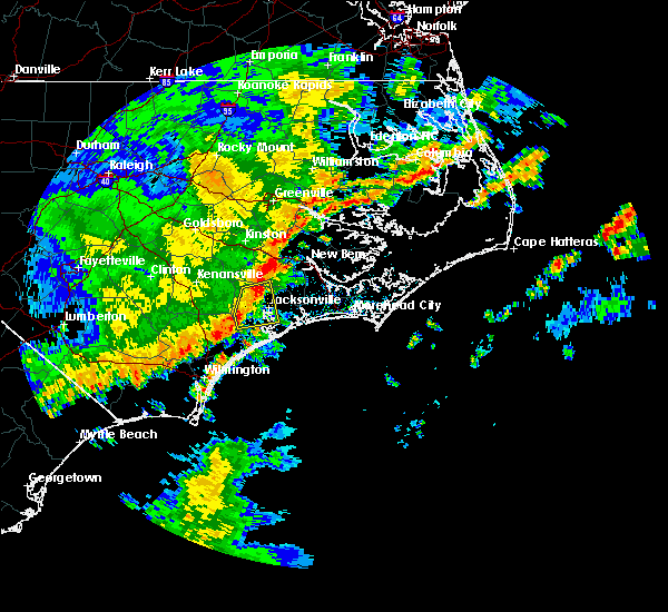 Radar Image for Severe Thunderstorms near Jacksonville, NC at 5/3/2016 6:40 AM EDT