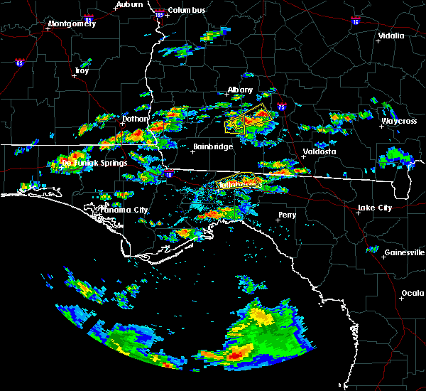 Radar Image for Severe Thunderstorms near Tallahassee, FL at 5/3/2016 4:25 PM EDT
