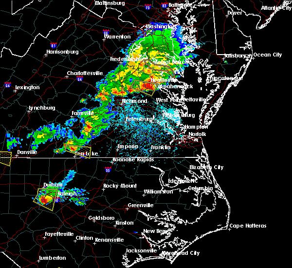 Radar Image for Severe Thunderstorms near Tappahannock, VA at 5/3/2016 5:52 PM EDT