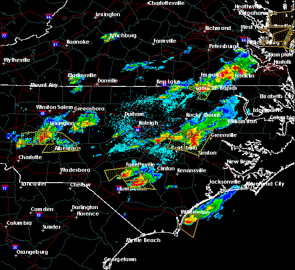 Radar Image for Severe Thunderstorms near Hope Mills, NC at 5/3/2016 8:03 PM EDT