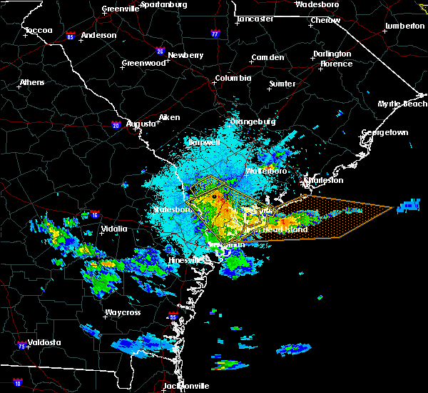 Radar Image for Severe Thunderstorms near Edisto Beach, SC at 5/3/2016 9:10 PM EDT