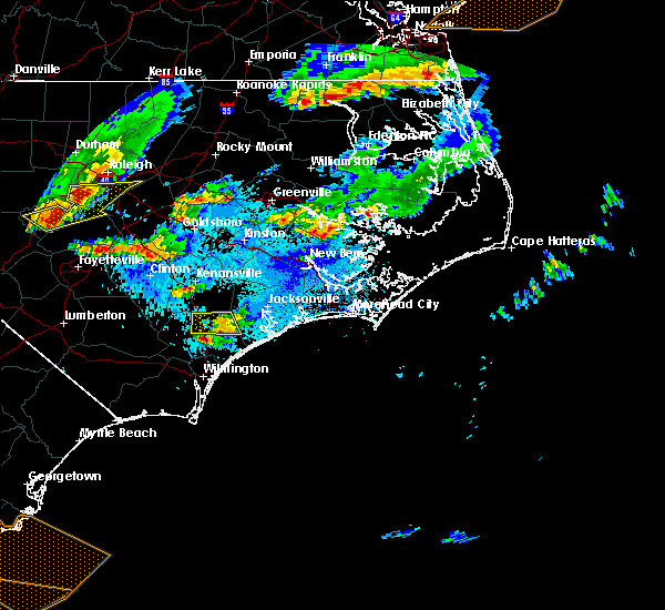 Radar Image for Severe Thunderstorms near Burgaw, NC at 5/3/2016 9:59 PM EDT
