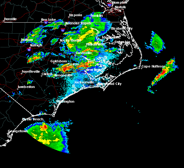 Radar Image for Severe Thunderstorms near Dover, NC at 5/4/2016 12:24 AM EDT