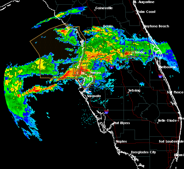 Radar Image for Severe Thunderstorms near Tampa, FL at 5/4/2016 6:31 AM EDT