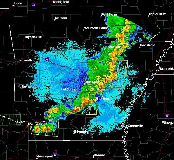 Radar Image for Severe Thunderstorms near Fordyce, AR at 5/10/2016 12:15 AM CDT