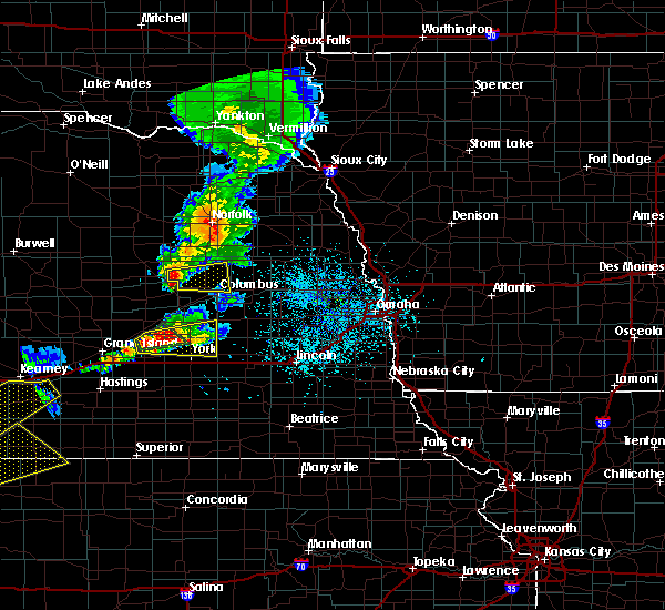 Radar Image for Severe Thunderstorms near Lakeview, NE at 5/10/2016 7:22 PM CDT