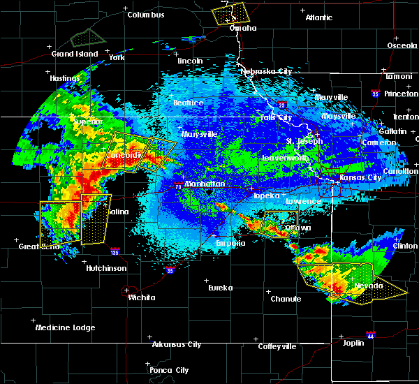 Radar Image for Severe Thunderstorms near Miltonvale, KS at 5/11/2016 3:35 AM CDT