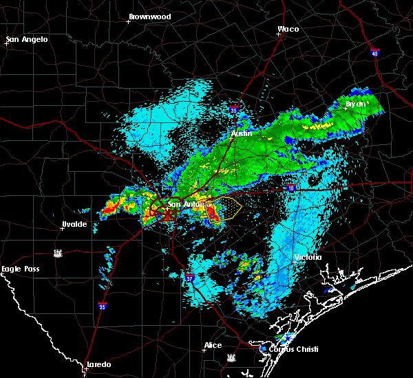 Radar Image for Severe Thunderstorms near Seguin, TX at 5/11/2016 5:40 AM CDT