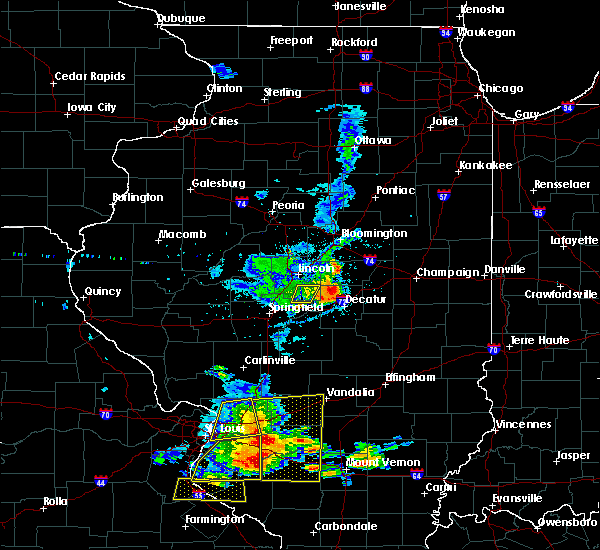 Radar Image for Severe Thunderstorms near Mount Pulaski, IL at 5/11/2016 2:44 PM CDT