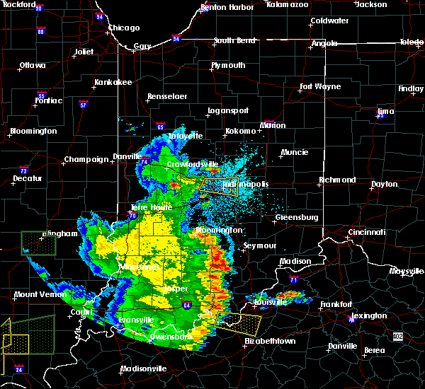Radar Image for Severe Thunderstorms near Indianapolis, IN at 5/11/2016 8:34 PM EDT