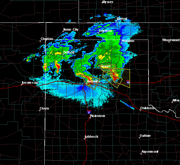 Radar Image for Severe Thunderstorms near Amarillo, TX at 5/11/2016 10:25 PM CDT