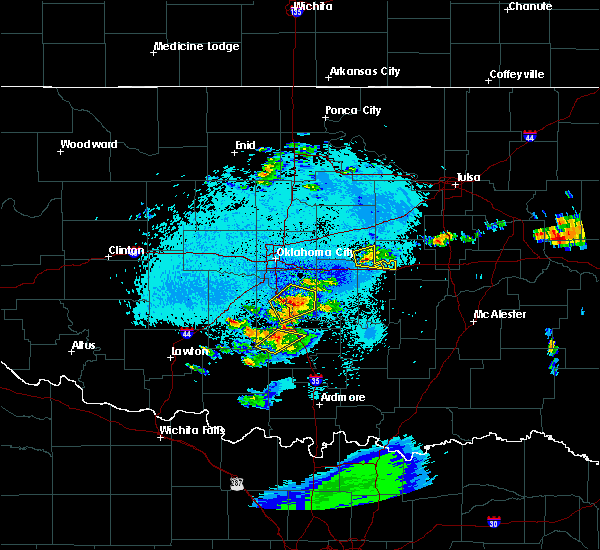 Radar Image for Severe Thunderstorms near Prague, OK at 5/11/2016 11:37 PM CDT