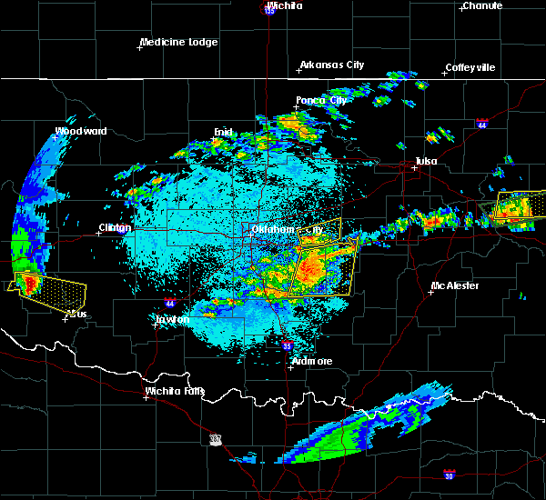 Radar Image for Severe Thunderstorms near Prague, OK at 5/12/2016 12:36 AM CDT