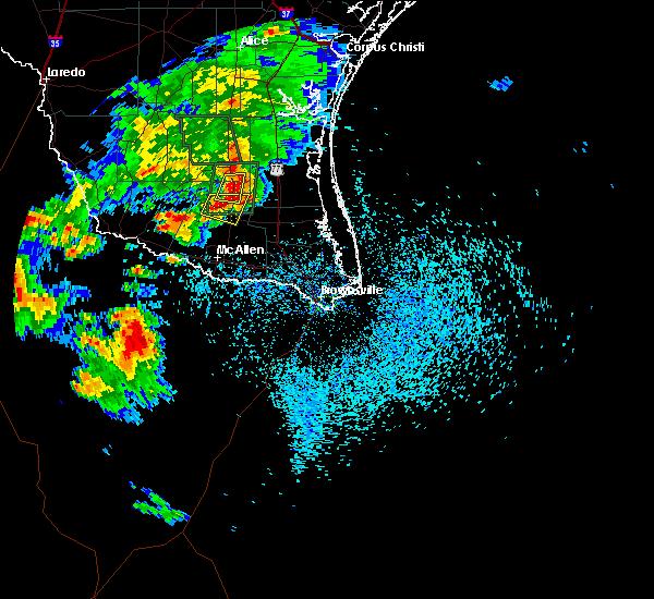Radar Image for Severe Thunderstorms near Linn, TX at 5/14/2016 4:45 PM CDT