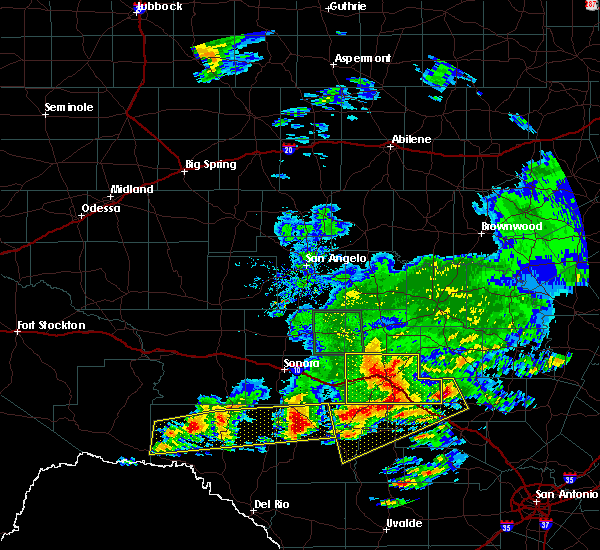 Radar Image for Severe Thunderstorms near Junction, TX at 5/17/2016 8:40 PM CDT