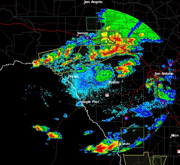 Radar Image for Severe Thunderstorms near Harper, TX at 5/17/2016 9:14 PM CDT